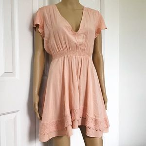 Jaase Peachy pink airline V-neck lace dress S
